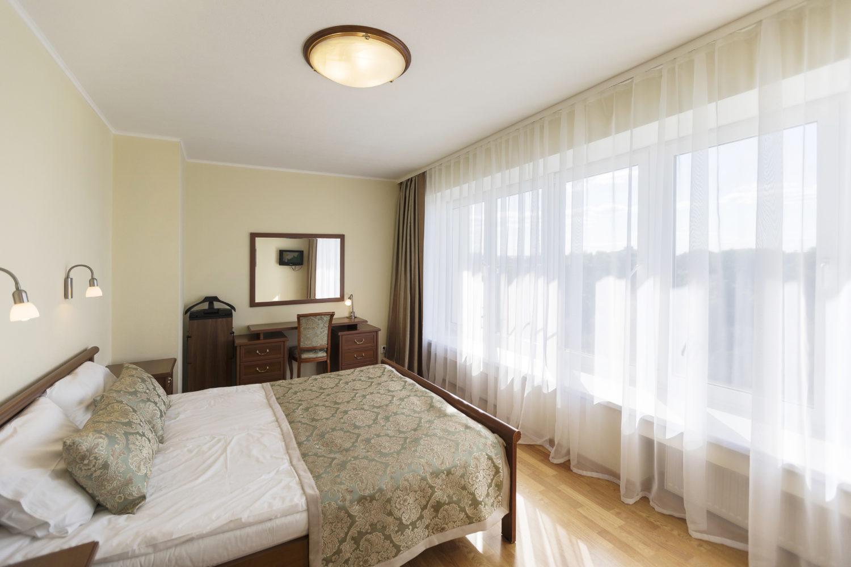 кровать апартаменты